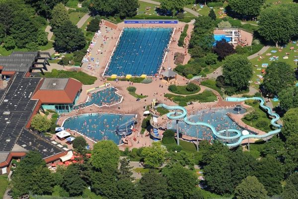 Bild:Badepark Luftaufnahme